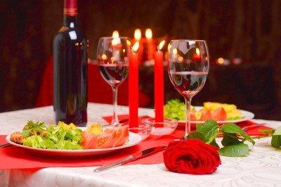 cena afrodisiaca tavola apparecchiata