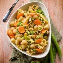 pasta piselli, porro e carote