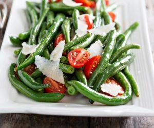 ricetta veloce con fagiolini, pomodorini e scaglie di grana