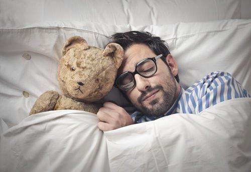dormire riduce la stanchezza fisica